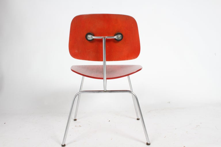 Early Charles Eames for Herman Miller Red Aniline DCM In Good Condition For Sale In St. Louis, MO