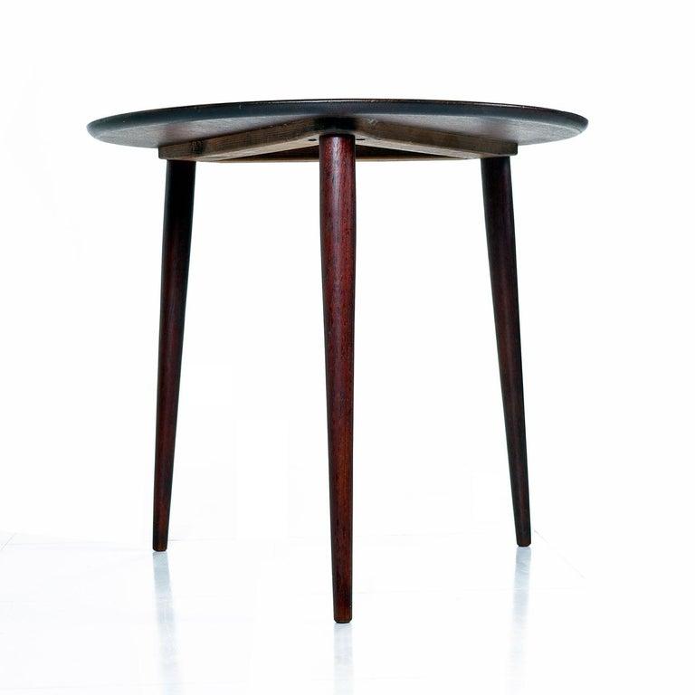 Mid-Century Modern Scandinavian Modern Early Danish Solid Teak 3-Leg End Table For Sale