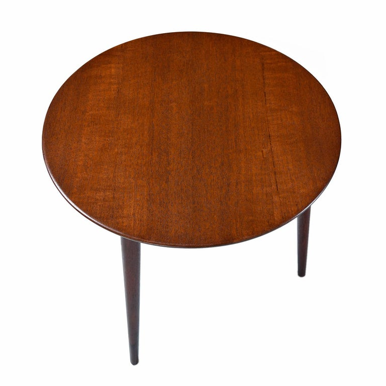 Scandinavian Modern Early Danish Solid Teak 3-Leg End Table In Excellent Condition For Sale In Saint Petersburg, FL