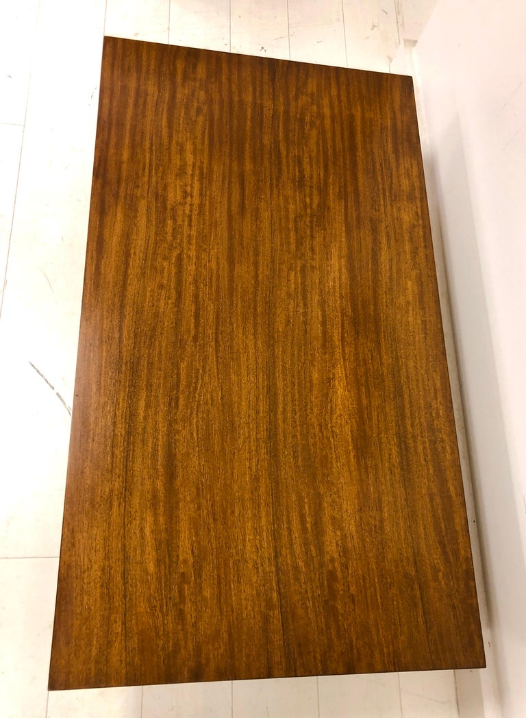 Early Dunbar Mahogany Coffee Table In Good Condition For Sale In Hudson, NY