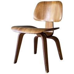 Early Eames DCW Mid-Century Modern Plywood Chair by Evans Products