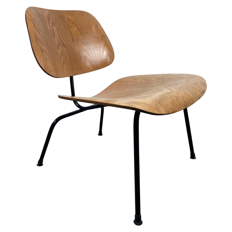 Early Eames LCM Lounge Chair, Herman Miller, USA, 1950s, Ash/ Black Frame