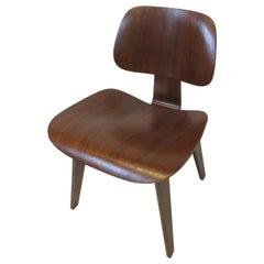 Early Eames Walnut DCW Side Chair by Herman Miller 'B'