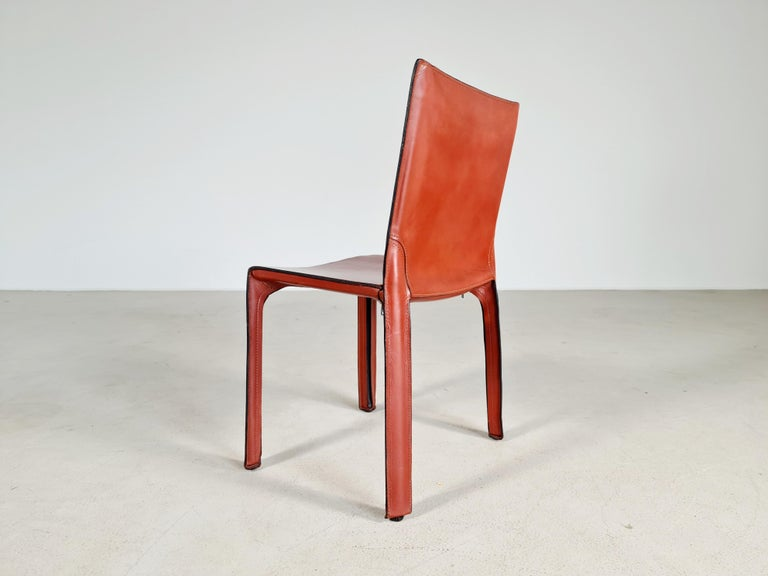 European Early Edition Set of 6 CAB 412 Chairs by Mario Bellini for Cassina, 1970 For Sale