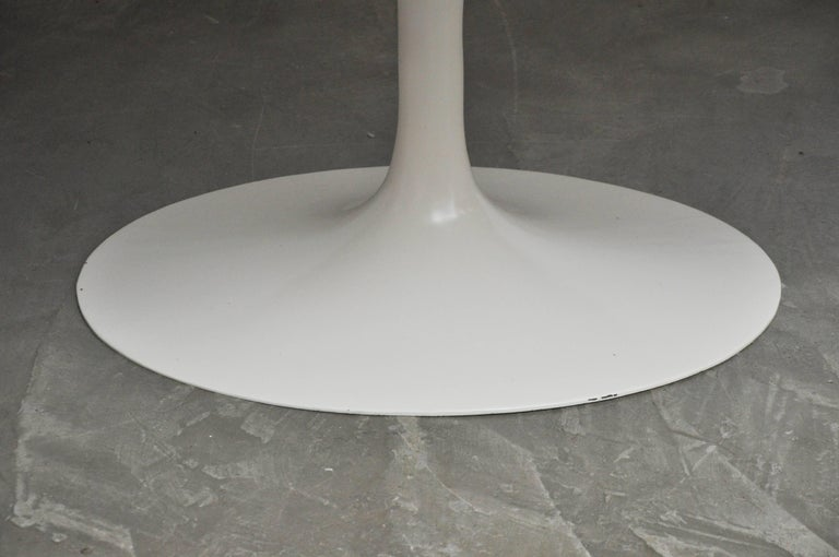 Early Eero Saarinen Oval Dining Table with Eight Chairs For Sale 2