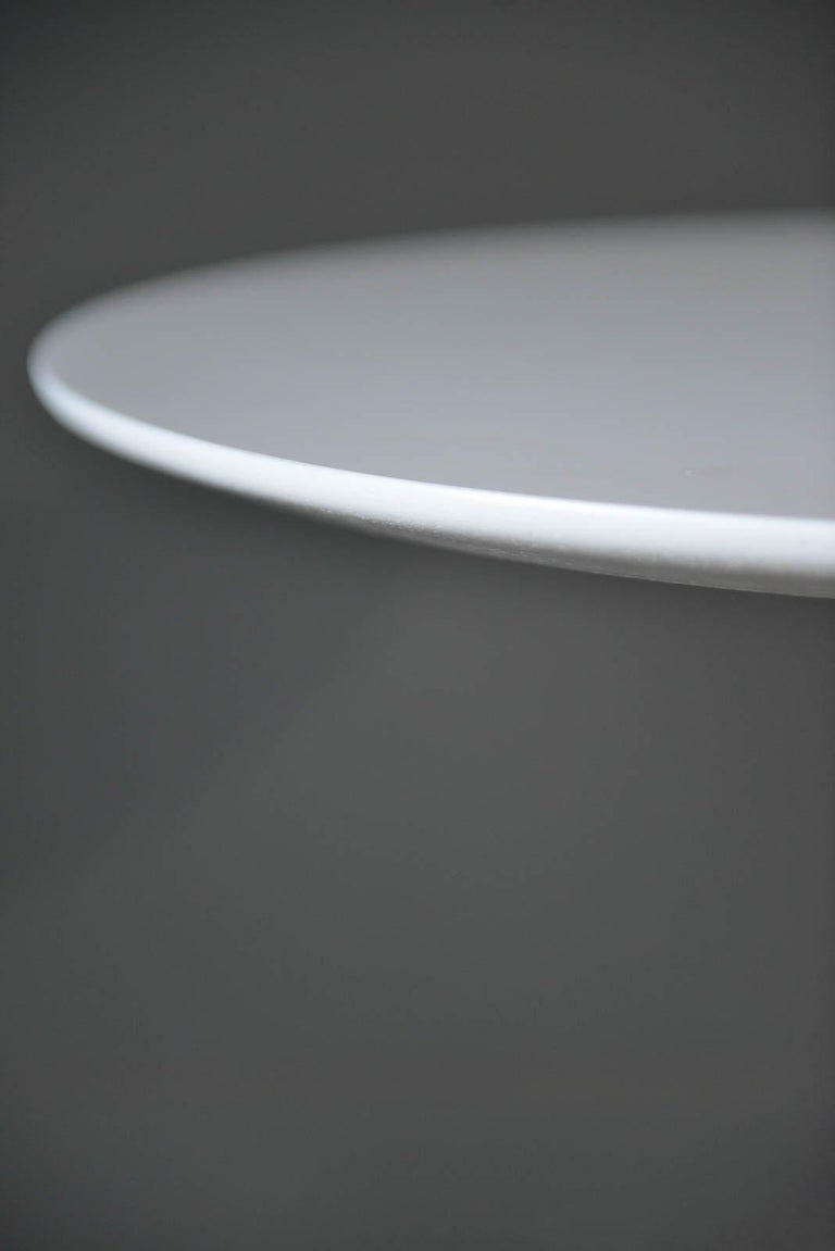 Early Eero Saarinen Tulip Side Table for Knoll, circa 1960 In Good Condition For Sale In Costa Mesa, CA