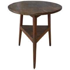 Early English Oak Cricket Table with Shelf, Mid-19th Century