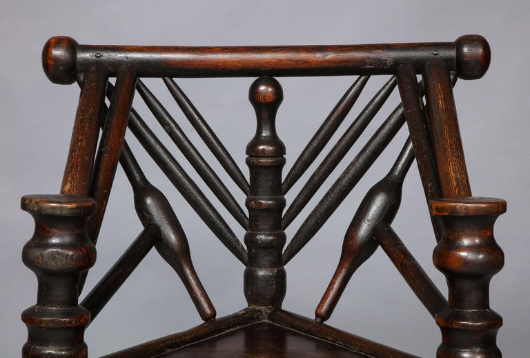 Early English or Scottish Turner's Chair  In Good Condition For Sale In New York, NY