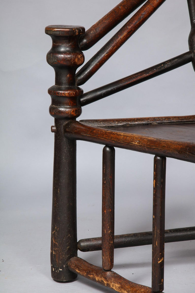 Early English or Scottish Turner's Chair  For Sale 3
