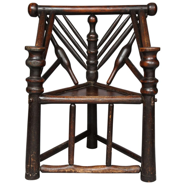 Early English or Scottish Turner's Chair  For Sale