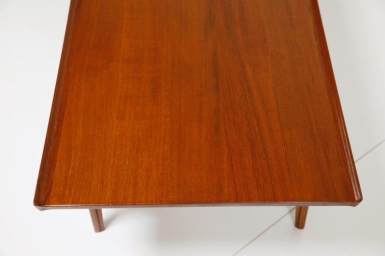Early Finn Juhl for France and Daverkosen FD532 Teak Coffee Table, Denmark 1950s For Sale 8