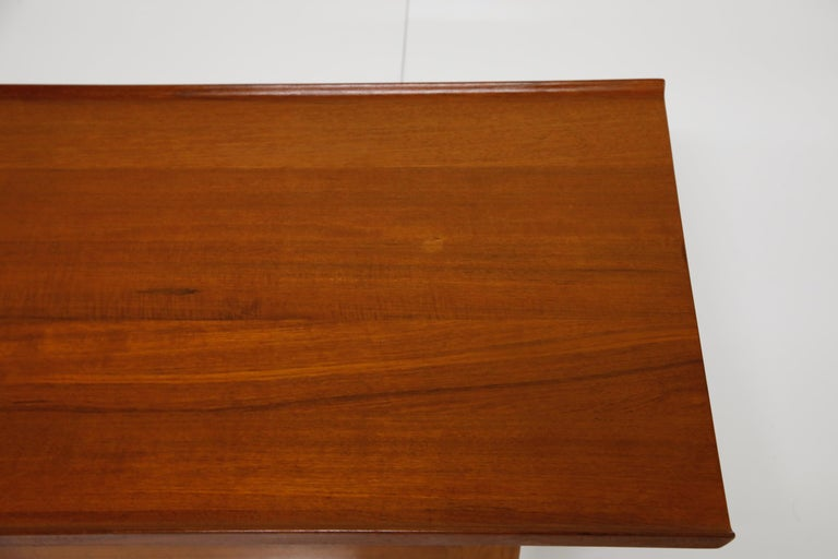 Early Finn Juhl for France and Daverkosen FD532 Teak Coffee Table, Denmark 1950s For Sale 9