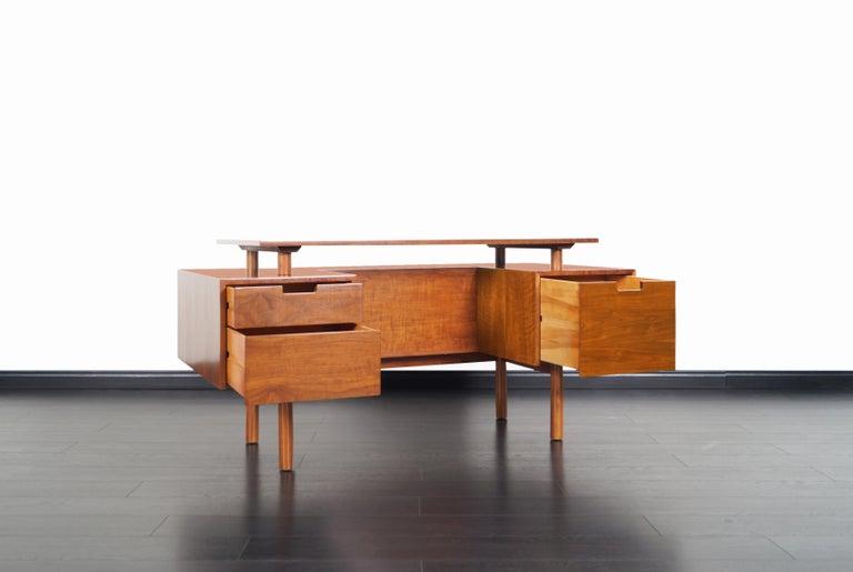 Mid-Century Modern Early Floating Top Walnut Desk by Milo Baughman For Sale