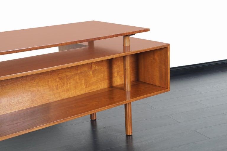 Early Floating Top Walnut Desk by Milo Baughman For Sale 2