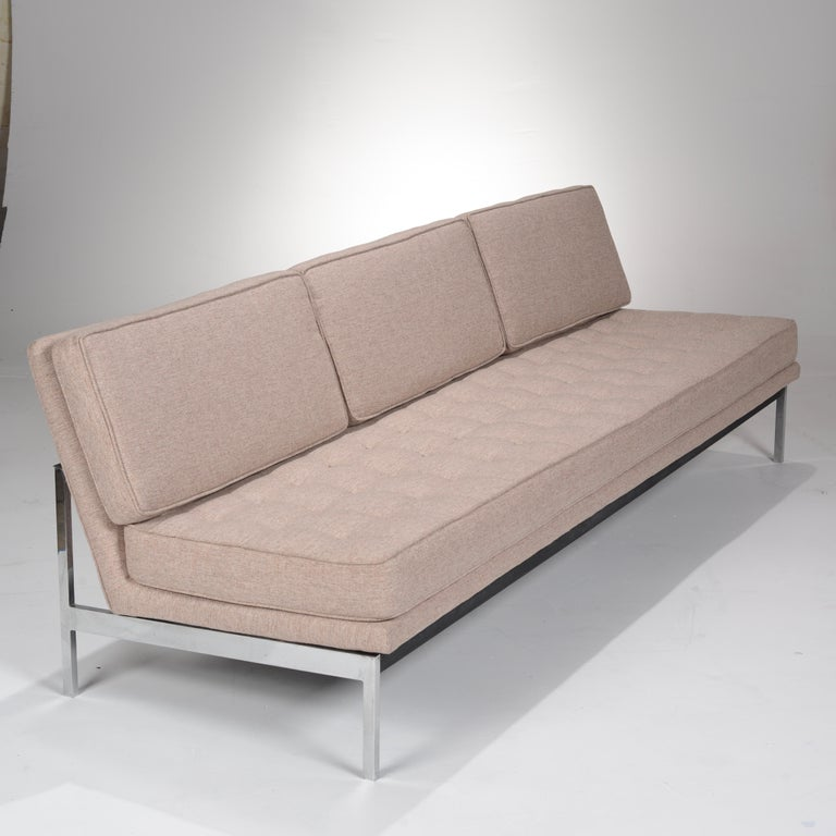 American Early Florence Knoll Armless Sofa and Chair Set For Sale