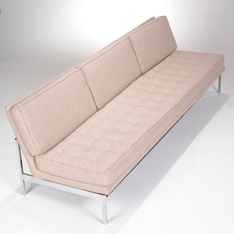Mid-20th Century Early Florence Knoll Armless Sofa and Chair Set For Sale