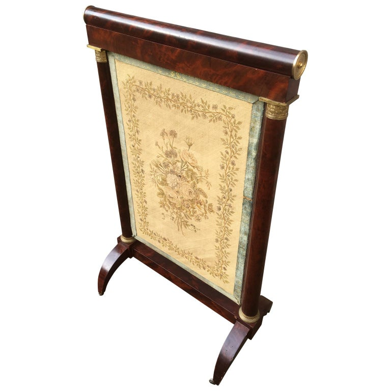 Early French 19th Century Empire Mahogany and Gilt Bronze Firescreen In Good Condition For Sale In Haddonfield, NJ
