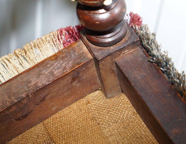 Early Georgian Single Chair Highly Carved and Detailing Walnut, circa 1800 For Sale 6