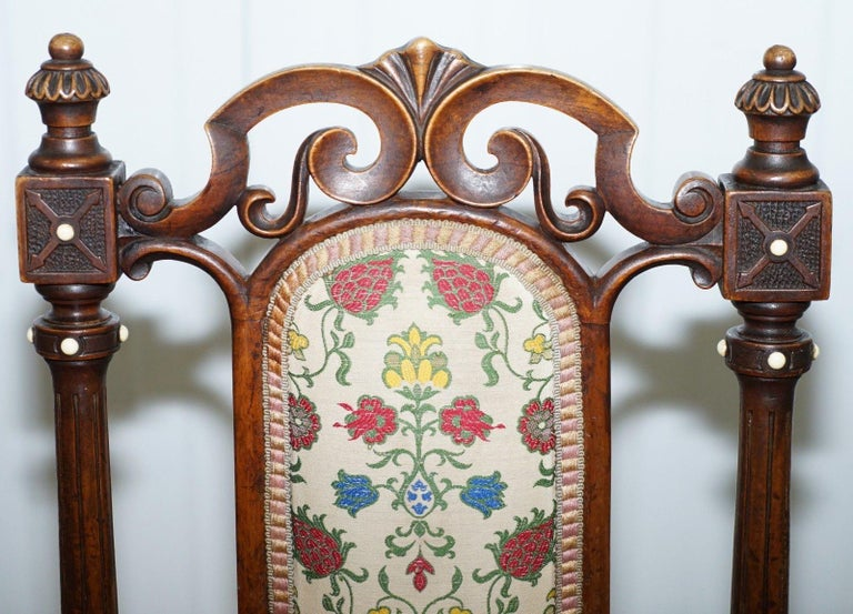 Hand-Carved Early Georgian Single Chair Highly Carved and Detailing Walnut, circa 1800 For Sale