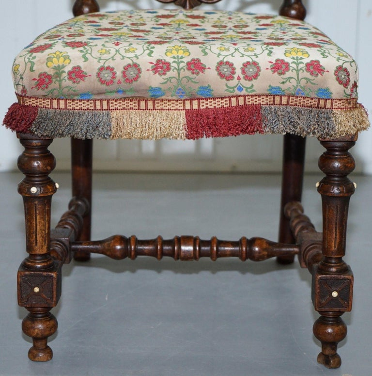 Early Georgian Single Chair Highly Carved and Detailing Walnut, circa 1800 For Sale 1