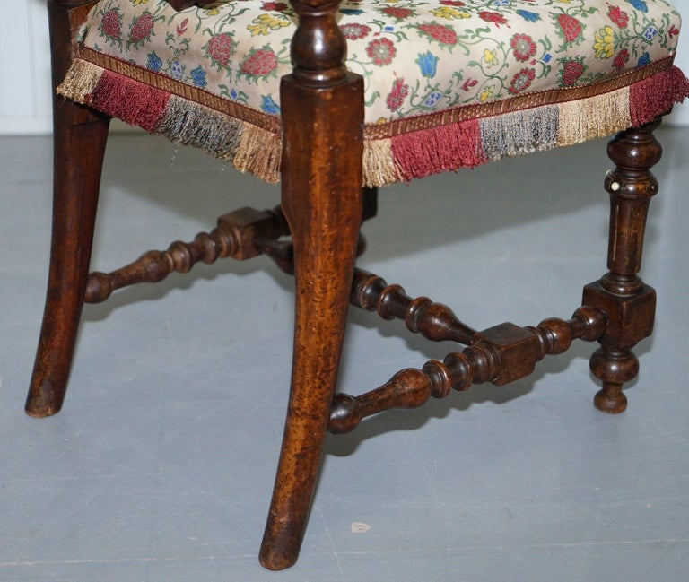 Early Georgian Single Chair Highly Carved and Detailing Walnut, circa 1800 For Sale 3