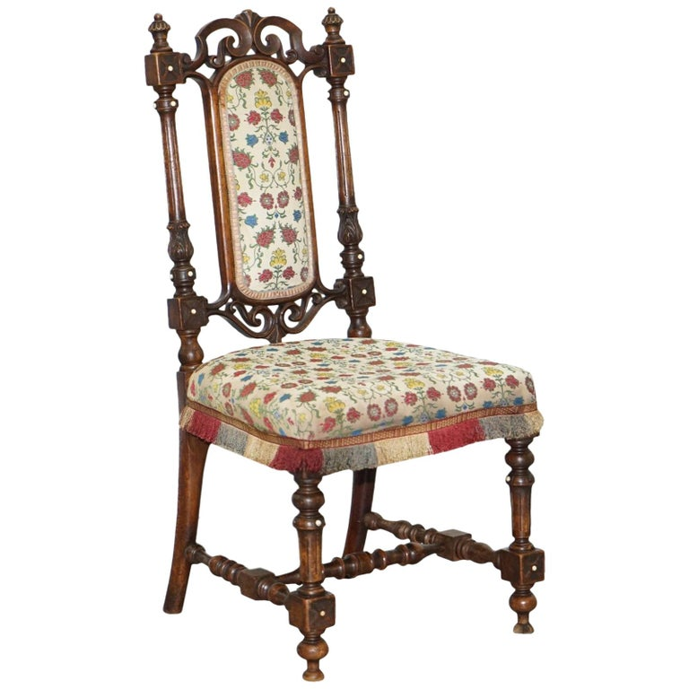 Early Georgian Single Chair Highly Carved and Detailing Walnut, circa 1800 For Sale