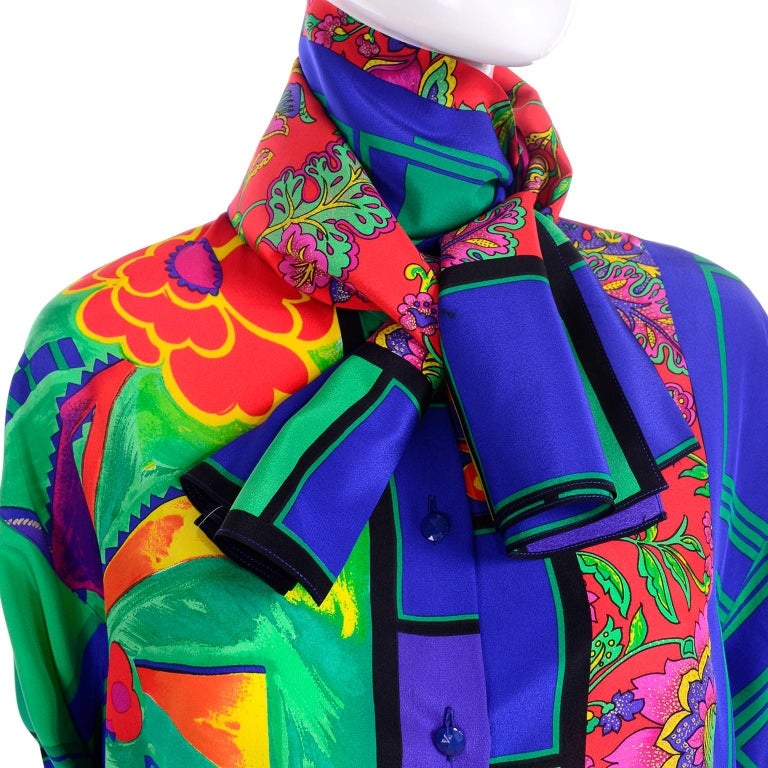 Early Gianni Versace Vintage Abstract Mixed Pattern Silk Print Blouse & Scarf For Sale 4
