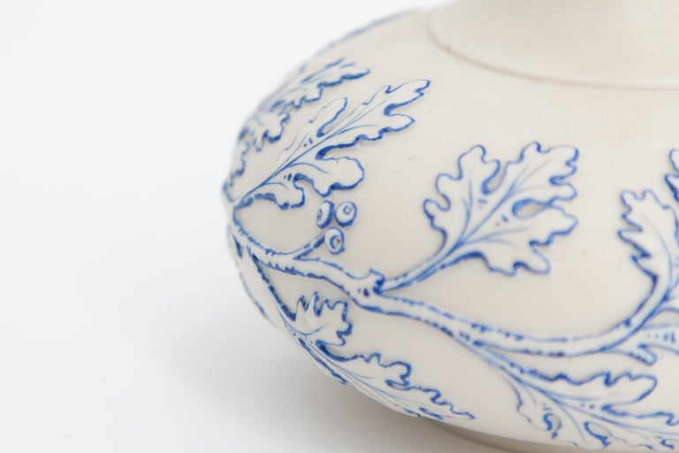 Mid-19th Century Early Grainger Worcester Porcelain Blue and White Vase For Sale