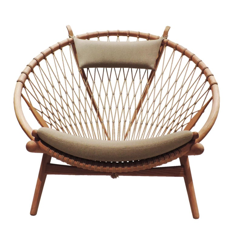 Early Hans J. Wegner PP130 Circle Chair For Sale