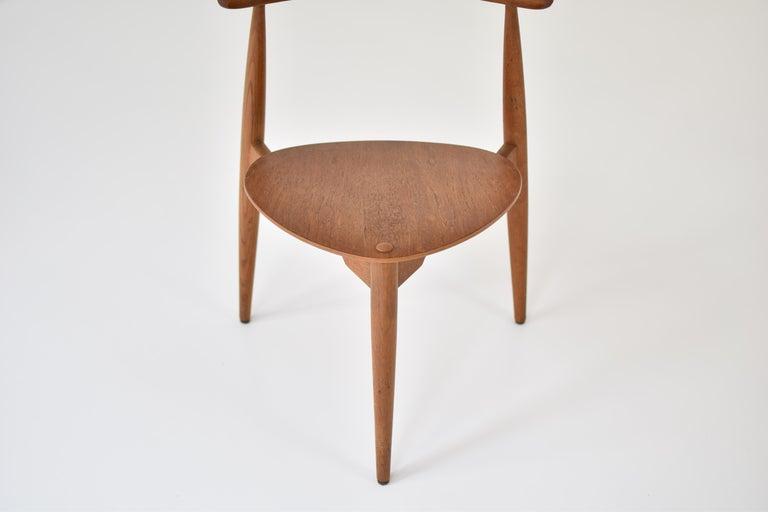 Early 'Heart' Side Chair by Hans J. Wegner for Fritz Hansen, Denmark, 1952 For Sale 2