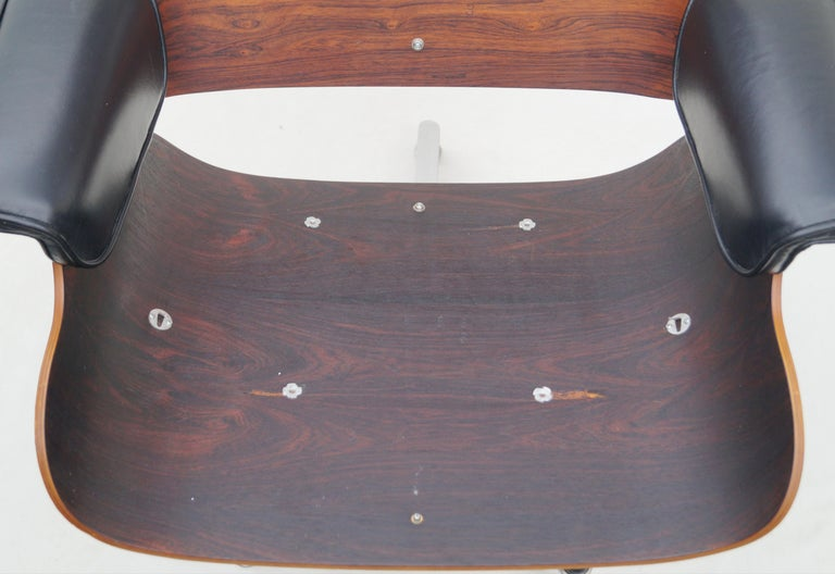 Early Herman Miller Rosewood Charles Eames Black Leather Lounge Chair & Ottoman 6