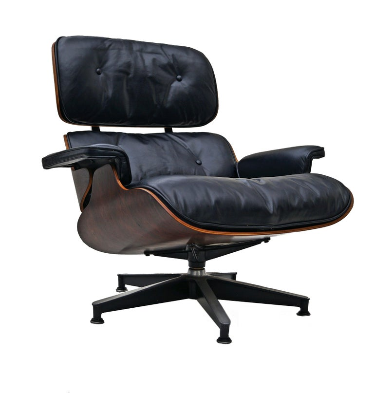 Early Herman Miller Rosewood Charles Eames Black Leather Lounge Chair & Ottoman In Good Condition In Wayne, NJ