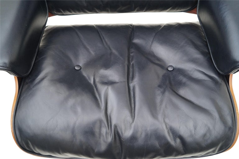 Early Herman Miller Rosewood Charles Eames Black Leather Lounge Chair & Ottoman 2