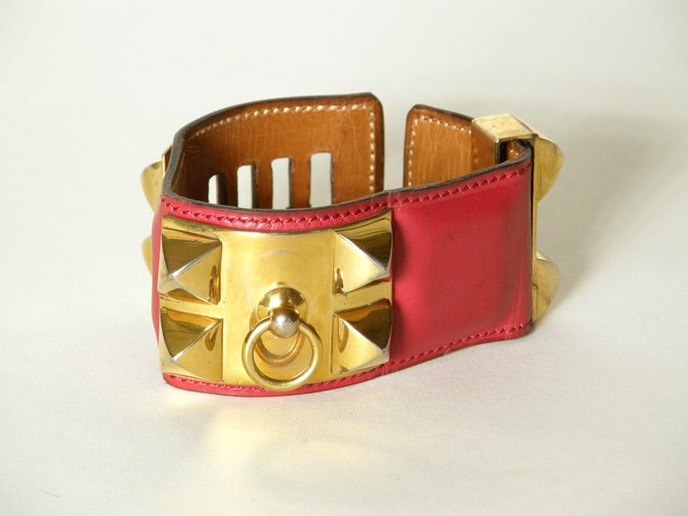 Women's Early Hermès Collier de Chien Cuff Bracelet Red Leather CDC with Gold Hardware For Sale