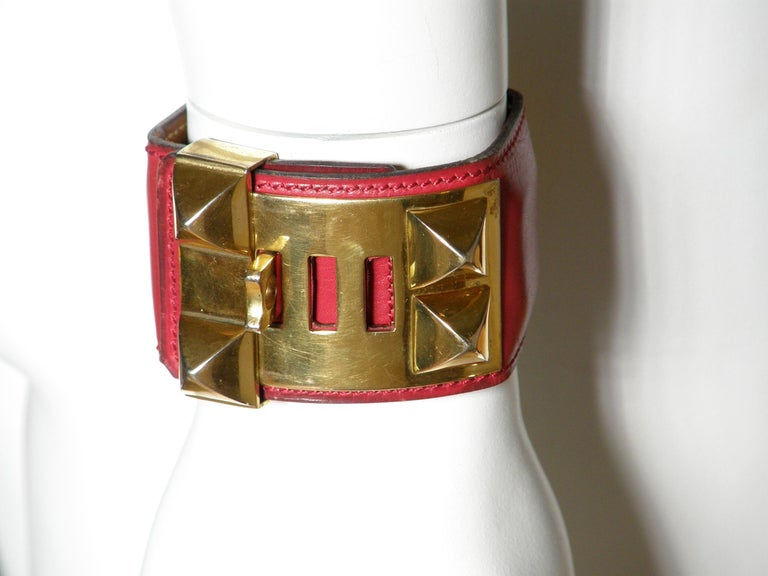 Early Hermès Collier de Chien Cuff Bracelet Red Leather CDC with Gold Hardware For Sale 5