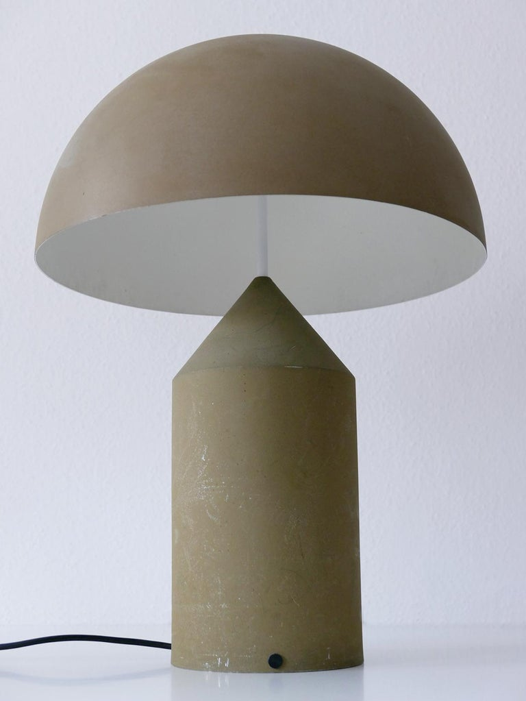Early & Huge Atollo Table Lamp by Vico Magistretti for Oluce, Italy, 1977 In Good Condition For Sale In Munich, DE
