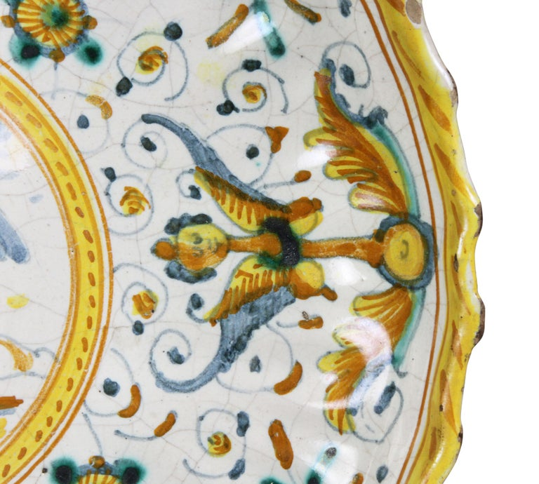 18th Century and Earlier Early Italian Majolica Footed Bowl For Sale