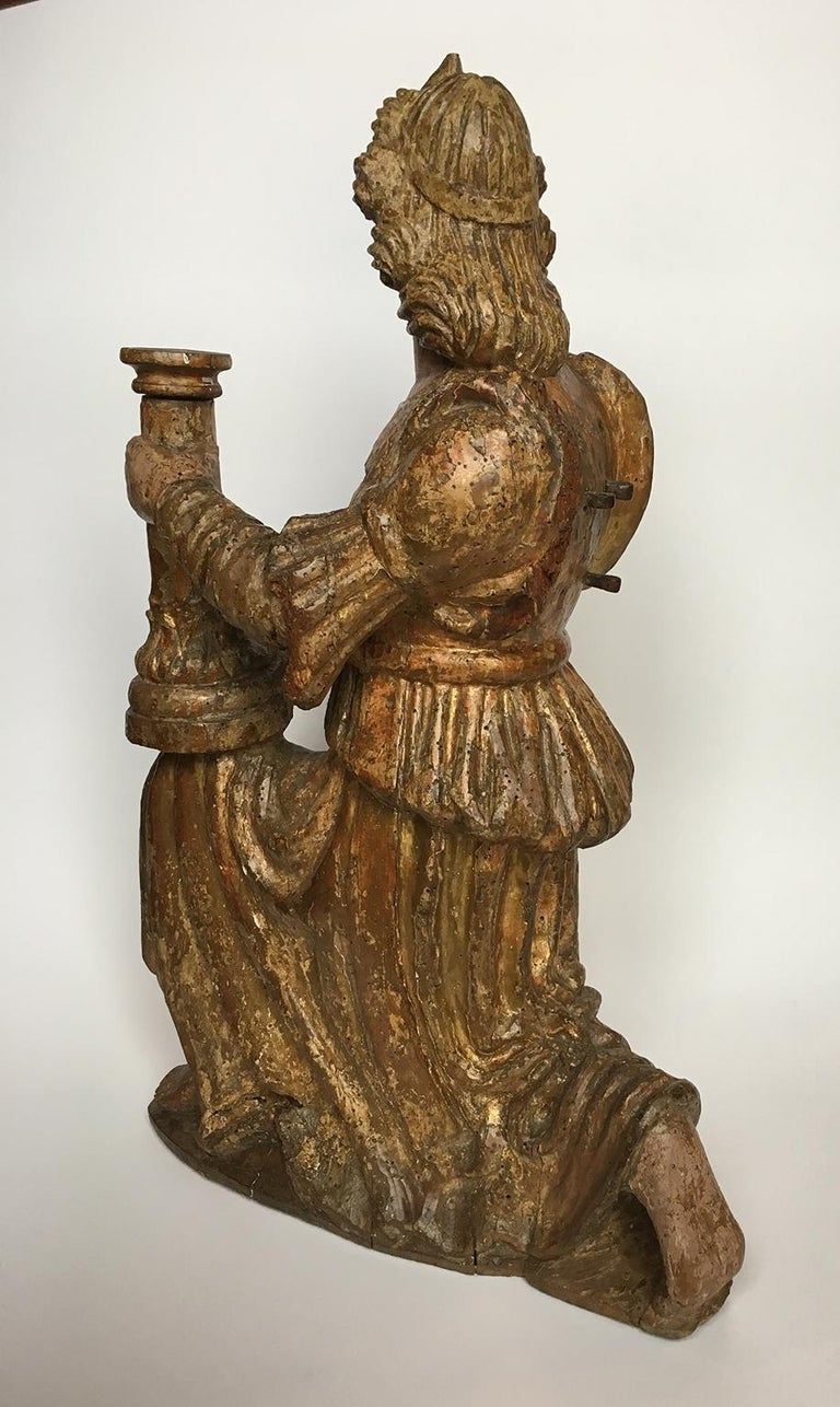 Early Italian Renaissance Wooden Angel Sculptures Gilded Tuscany, circa 1470 For Sale 9