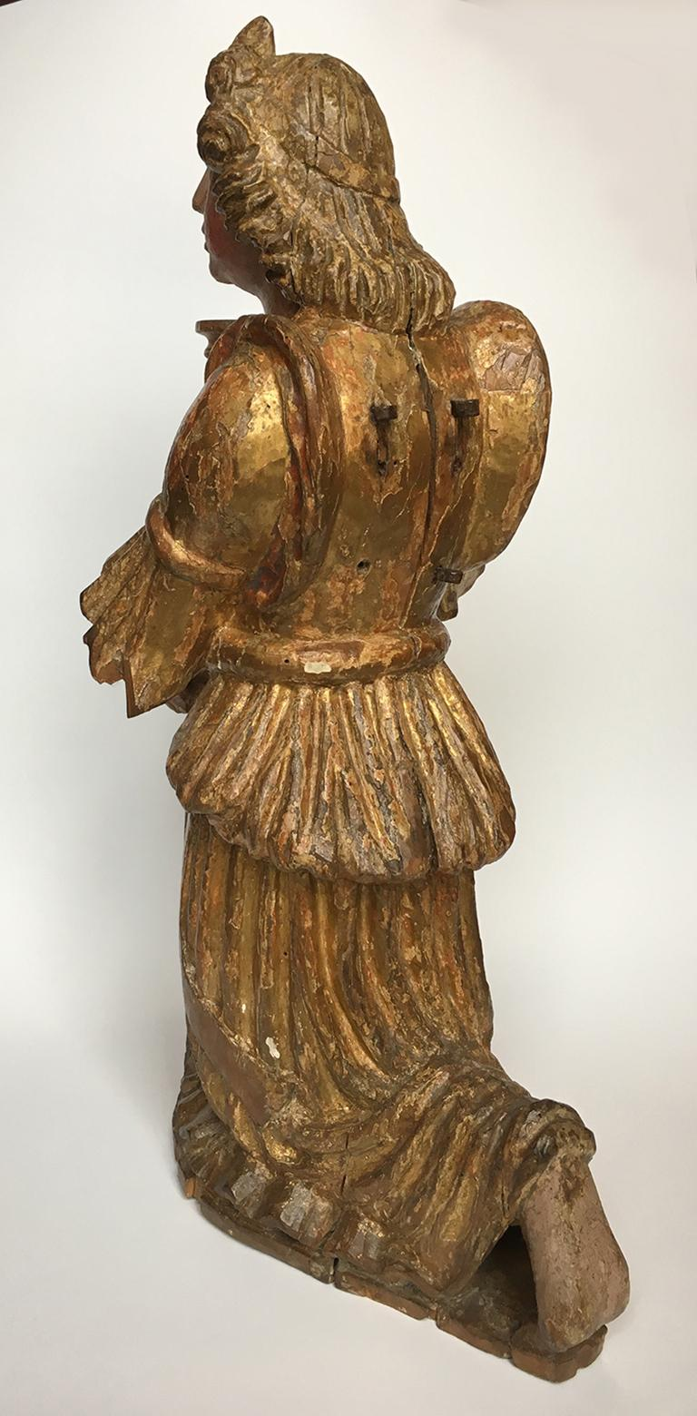 Early Italian Renaissance Wooden Angel Sculptures Gilded Tuscany, circa 1470 For Sale 13