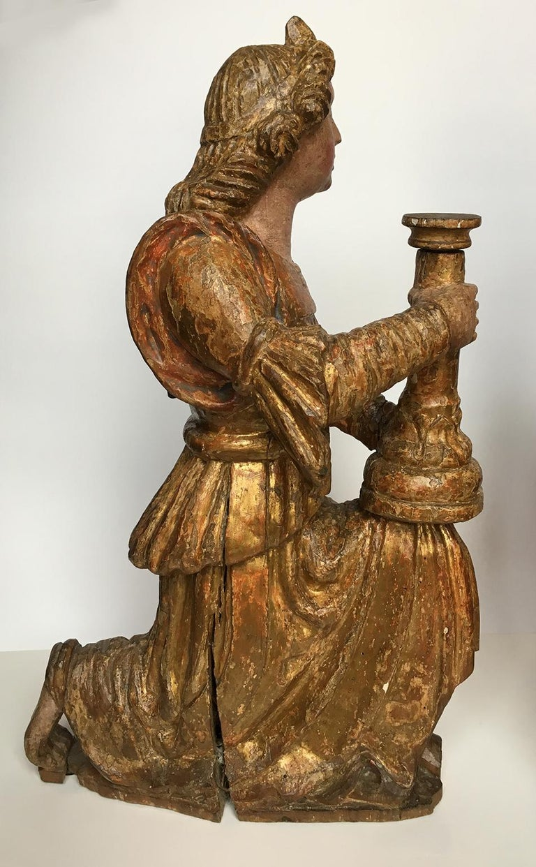 Early Italian Renaissance Wooden Angel Sculptures Gilded Tuscany, circa 1470 In Distressed Condition For Sale In Milano, IT