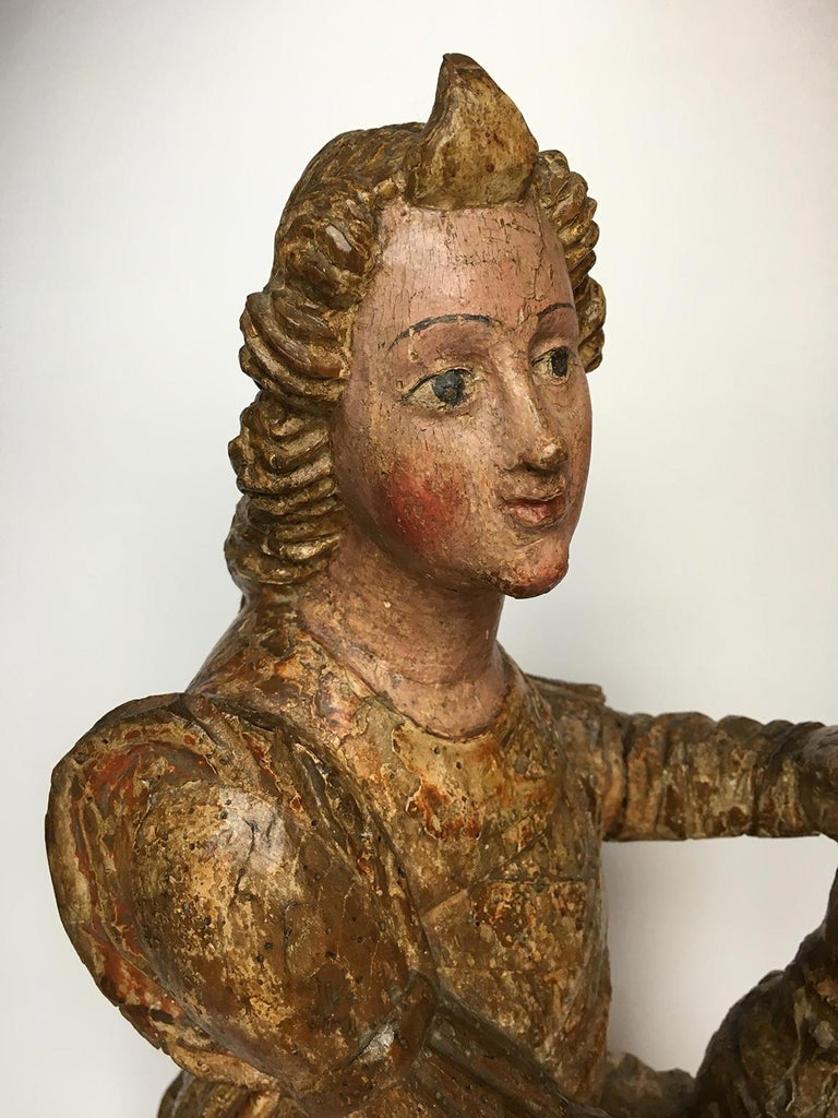 Early Italian Renaissance Wooden Angel Sculptures Gilded Tuscany, circa 1470 For Sale 4