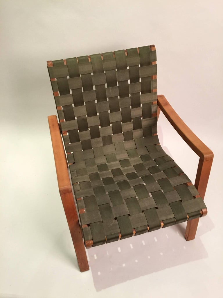 Mid-Century Modern Early Jens Risom for Knoll Strap Armchair For Sale