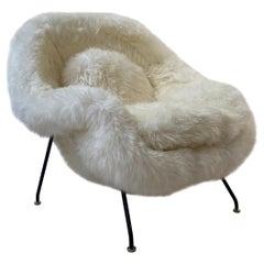 Early Knoll Womb Chair in Sheepskin, Eero Saarinen