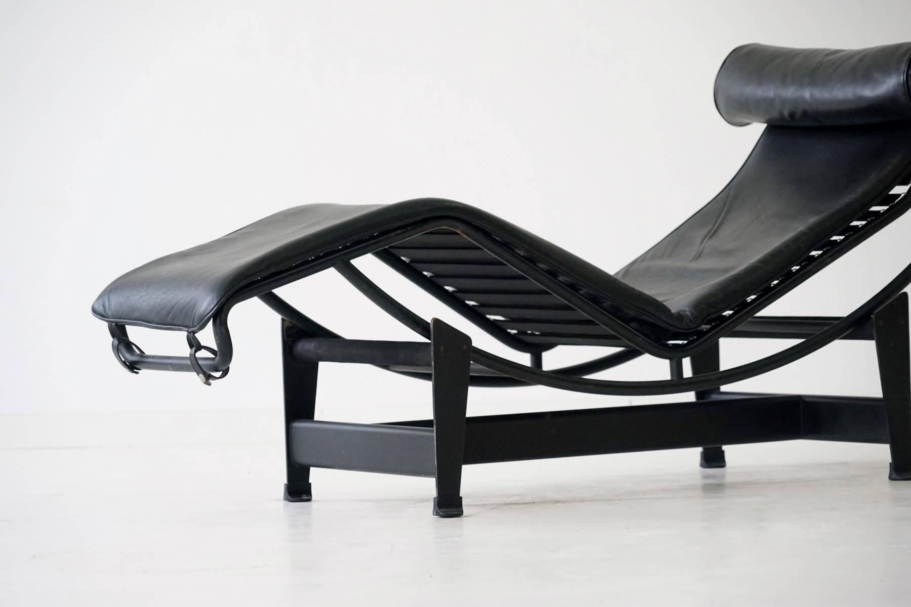 com corbusier chaise le regencyshop watch chair youtube lounge