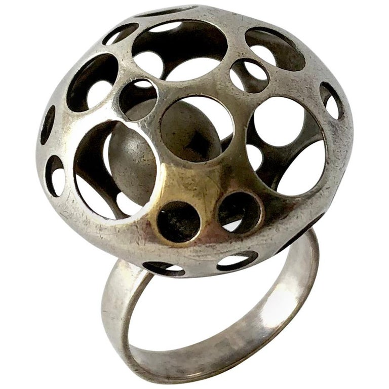 Early Liisa Vitali Finnish Modernist Sterling Silver Kinetic Ball Ring For Sale