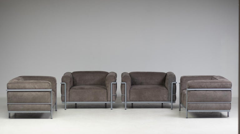 Early Limited Edition Matching Le Corbusier LC3 and LC2 Set by Cassina 4
