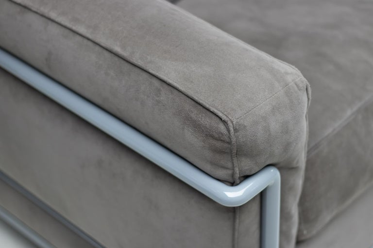 Powder-Coated Early Limited Edition Matching Le Corbusier LC3 and LC2 Set by Cassina