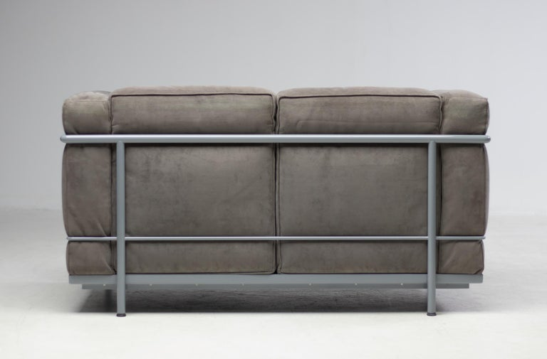 Early Limited Edition Matching Le Corbusier LC3 and LC2 Set by Cassina 1