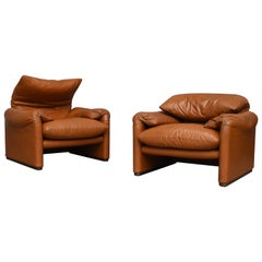 Early Maralunga Armchairs in Leather by Vico Magistretti for Cassina, Italy 1973