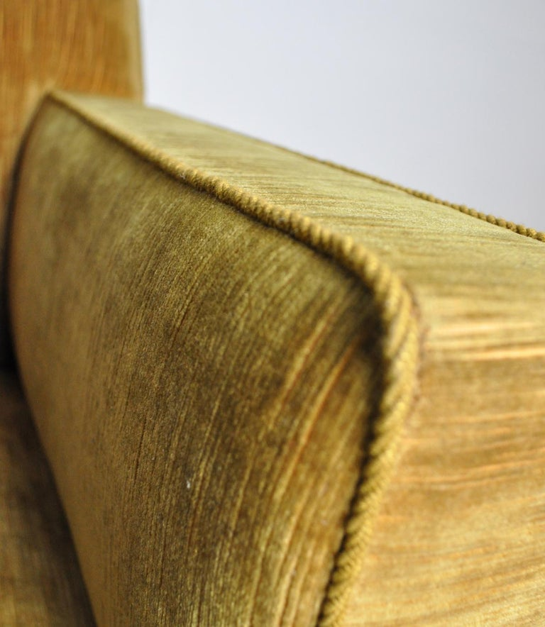 Early Midcentury Lounge Chair in Original Velvet Upholstery For Sale 4